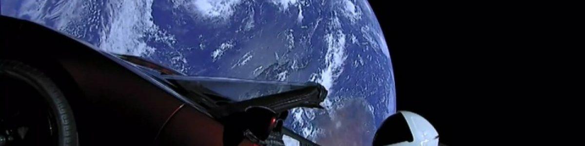 Já pode seguir a trajetória do Tesla Roadster no Espaço